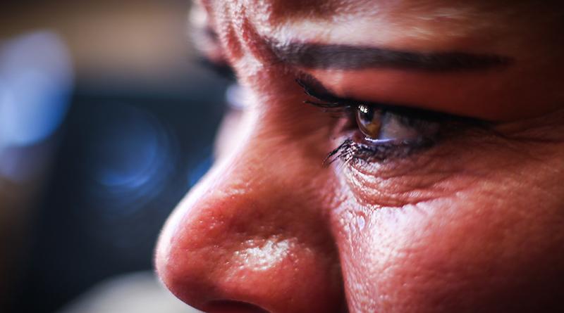 Las víctimas que huyen en silencio, dejando una huella de dolor