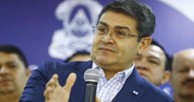 Juicio político a presidente de Honduras no tiene posibilidades de éxito