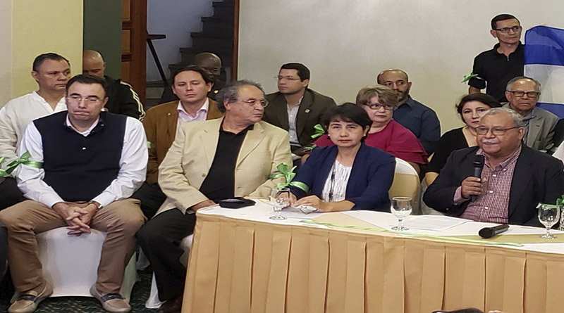 Es imperativa la renuncia de JOH para devolverle la paz a Honduras: Luis Zelaya