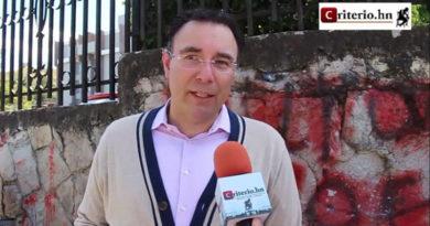 El Partido Nacional sigue maniobrando para no dejar el poder, denuncia Luis Zelaya