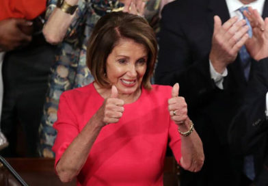 Nancy Pelosi, reelegida presidenta de la cámara de representantes