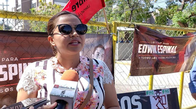 Olivia Zúniga Cáceres denunciará agresiones en foro mundial de la ONU (+vídeo)