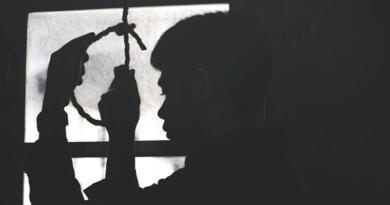 Falta de atención psicológica provocaría mayor cantidad de suicidios en el marco de la pandemia