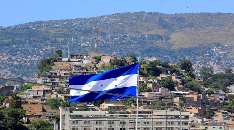 Honduras vuelve a bajar