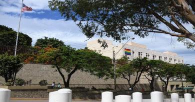 Embajada de EE.UU. pide diálogo en Honduras en medio de represión e ingobernabilidad