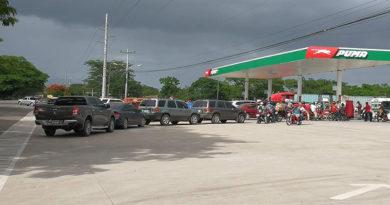 ¡Caos! Ciudades de Honduras se quedan desabastecidas de combustibles