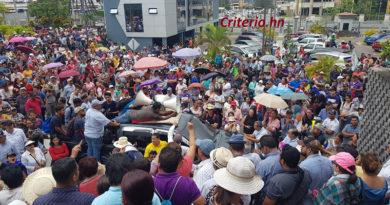 El verdadero diálogo está en las calles y exige la salida de Hernández