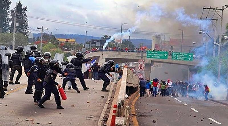 alto a la represión en Honduras