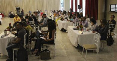 Con la participación de líderes sociales instalan mesas de la Plataforma