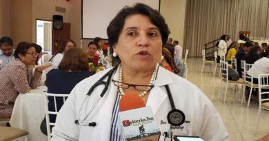 Hoy se reelige Suyapa Figueroa en el Colegio Médico de Honduras