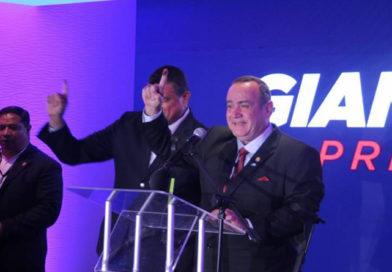 El conservador Alejandro Giammattei electo presidente de Guatemala
