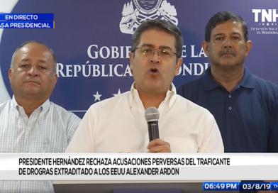 Hernández dice que noticia de Univisión que lo vincula con el narcotráfico es falsa