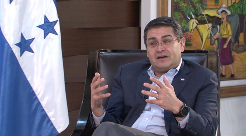 EE.UU. advierte a presidente de Honduras