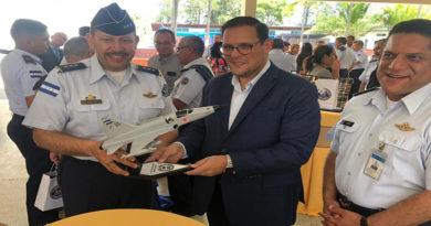 Canciller de Honduras se reunía con Fabio Lobo para hablar de crear empresas, según informe de inteligencia