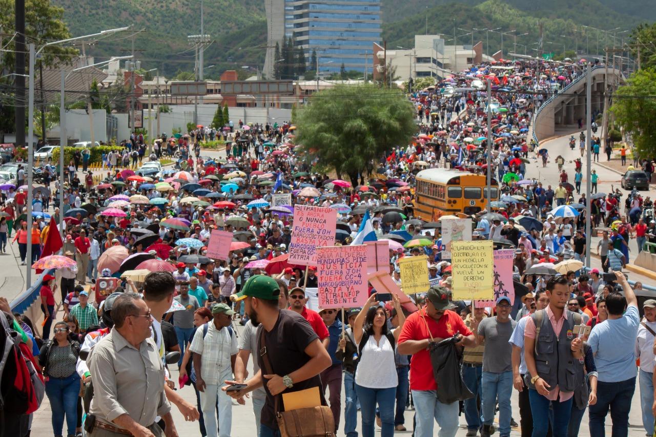 En gigantesca protesta