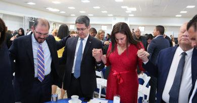Primera dama de Honduras dice que se desligó de empresa que saqueó al Estado