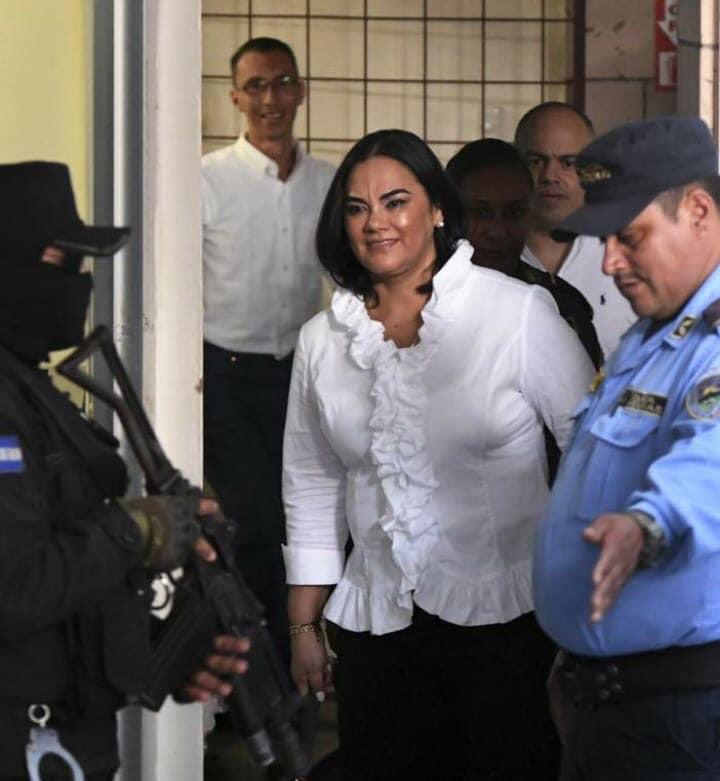 exprimera dama de Honduras