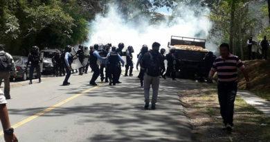 Denuncian actos de intimidación y hostigamiento contra manifestantes y oponentes políticos en Honduras