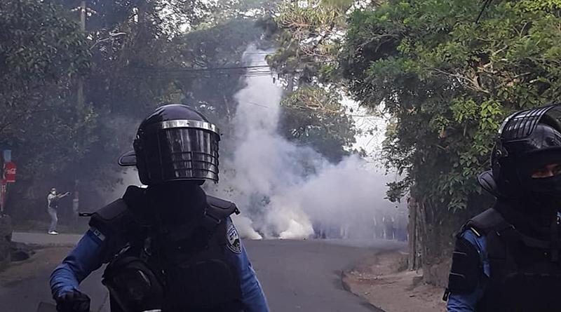 Pobladores reactivan protestas contra proyecto habitacional de La Tigra, pero son reprimidos - criterio.hn