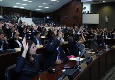Breve historia de congresos y diputados ¿Padres o proxenetas de la patria?