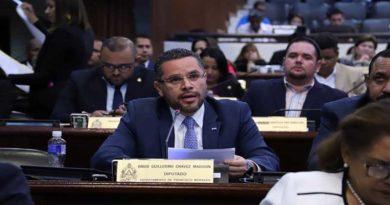 """Partido Nacional pone en práctica la """"caja china"""" en el Congreso"""