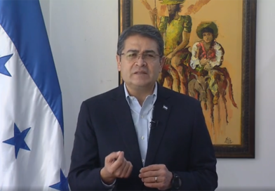 Presidente de Honduras que reprime a manifestantes y ambientalistas está en la COP25