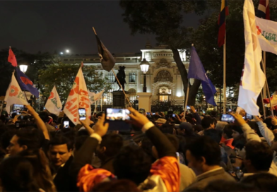 Perú sumido en crisis política por choque entre instituciones
