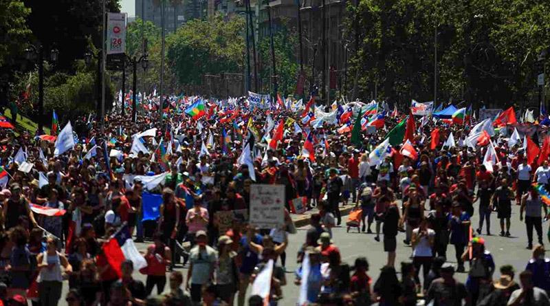 Chile convoca a paro nacional