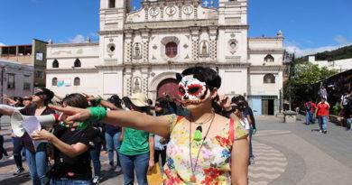 Ola feminista de LasTesis llega a Honduras