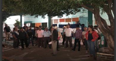 Por proyecto sobre río Petacón, pobladores se toman municipalidad de Reitoca