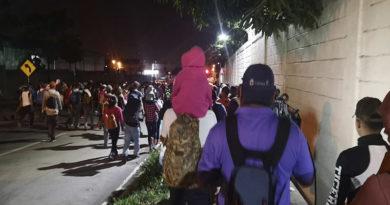 López Obrador ofrece 4.000 puestos de trabajo a caravana de migrantes hondureños