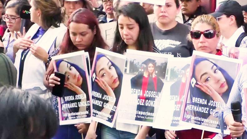 Feministas mexicanas planean una huelga nacional
