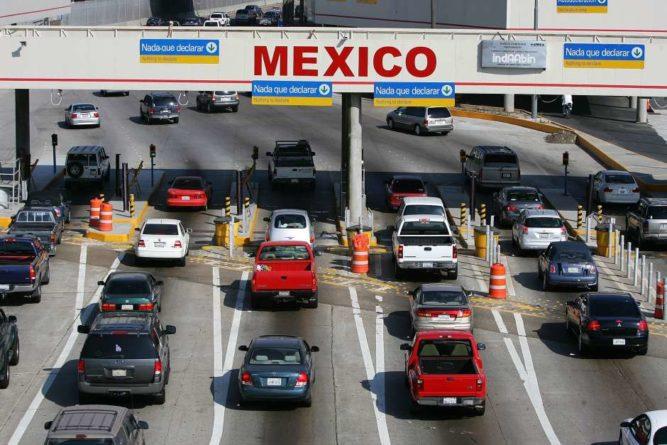 EE.UU. extiende cierre de frontera con México