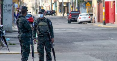 Sin rumbo ni brújula: noveno día de estado de excepción en Honduras
