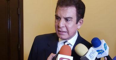 """""""Juan Orlando está frito, no tiene salida, lo de él va ser peor que lo del hermano"""": Salvador Nasralla"""