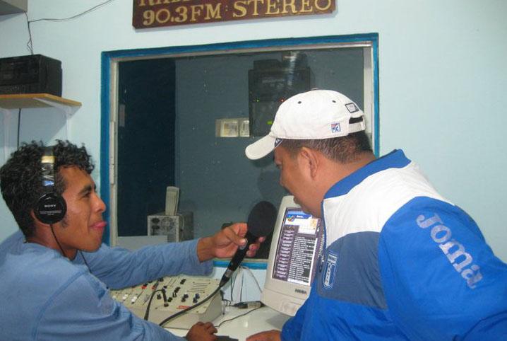 Exigen al Congreso Nacional aprobación de fondo de responsabilidad social a radios comunitarias