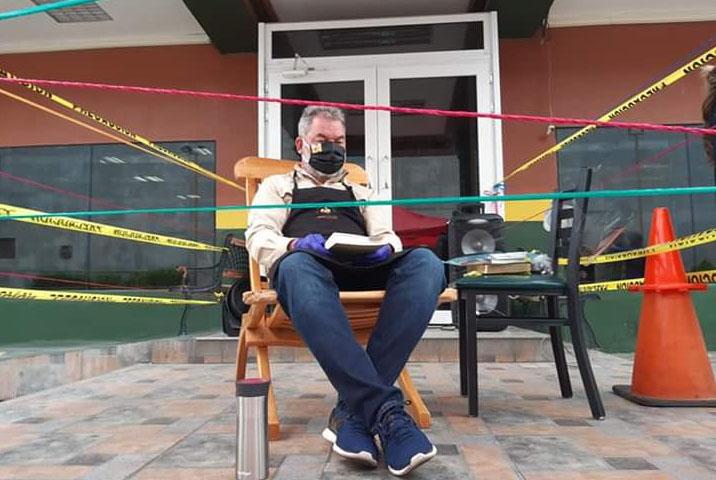 """""""No queremos ser esclavos de EEH, ni del gobierno, ni de los térmicos"""": Roberto Contreras"""