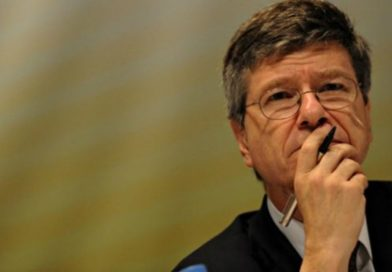 Jeffrey Sachs: «El propósito de EE.UU. es usar esta crisis para crear una guerra fría con China y eso es peligroso»