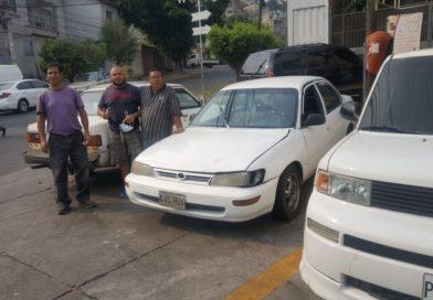 Taxistas sin derecho al trabajo