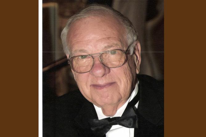 Homenaje a Ralph Lee Woodward