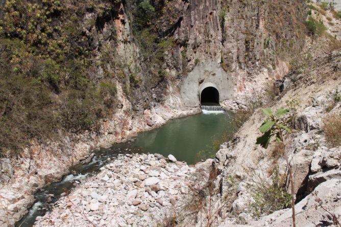 Gobierno aprueba construcción de represas