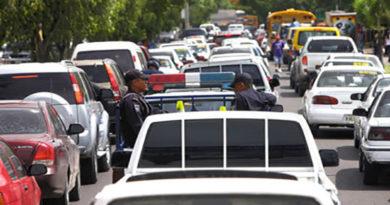 """Sin importar crisis autoridades ordenan pago de """"Tasa Vehicular"""""""