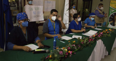 «Empresas no quieren dar ni 15 días de respiro para reorganizar el sistema de salud»: CMH