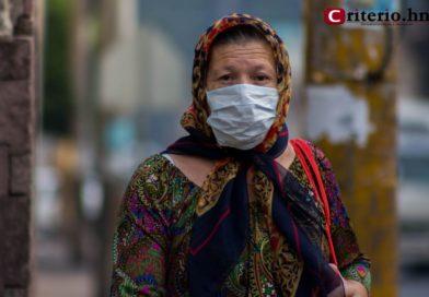 OMS anuncia que el mundo registróel mayor aumento diario de casos deCOVID-19