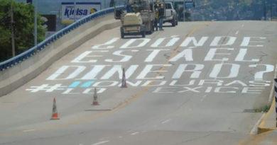 «Andan libres quienes roban cientos de millones, pero arrestan al que pinta un graffiti»: Pedro Barquero