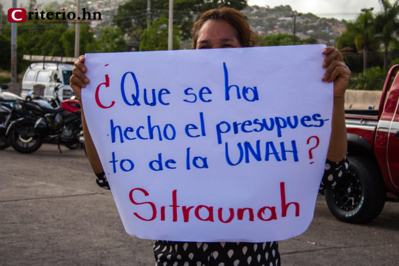Sindicato denuncia que JOH desvió el dinero de la UNAH y anuncia apagón virtual