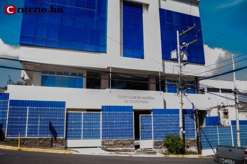 Tribunal condena solamente por fraude al ex director y al exjefe administrativo de Banasupro