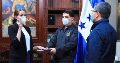 Juristas explican irregularidades en creación de Secretaría de Transparencia