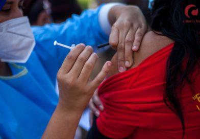 Superar el Covid-19 sólo es posible con políticas de vacunación universal y sin discriminación