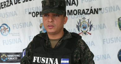 FF. AA separa a 10 oficiales en medio de rumores de descontento por apoyo de cúpula militar a JOH